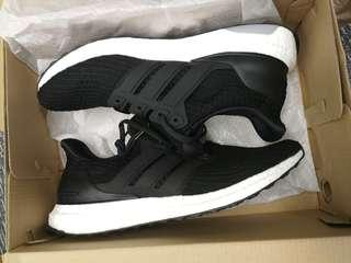 Adidas Ultra boost 4.0 - men US 9.5