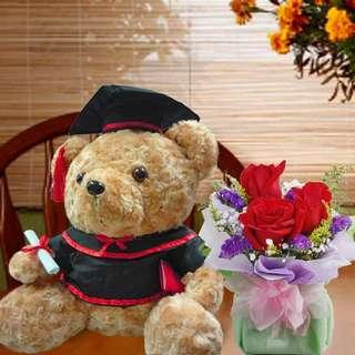 [FREE DELIVERY] Graduation Bear & 3 Red Roses Standing-bouquet (001-GR)