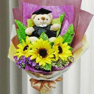 [FREE DELIVERY] 3 Artificial Sunflowers with Mini-graduation Bear Hand-bouquet (028-GR)
