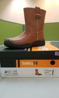 SAFETY FiT D12805 Safety Boots ( Special promotion)