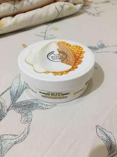 [PROMO!] the body shop almond milk and honey body butter (200ml)