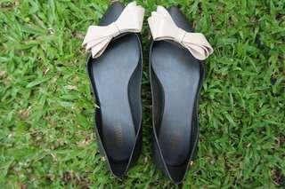 Melissa Black Flatshoes