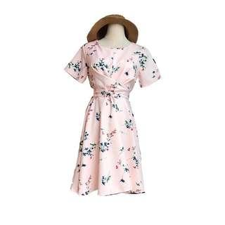Floral Dress with knot detailing