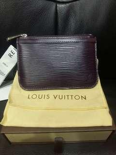 8c9f56bfc41 Louis Vuitton LV Epi Key pouch