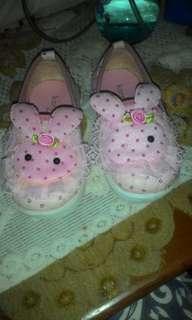 Sepatu anak uk 24