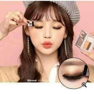 Eyeshadow sixteen