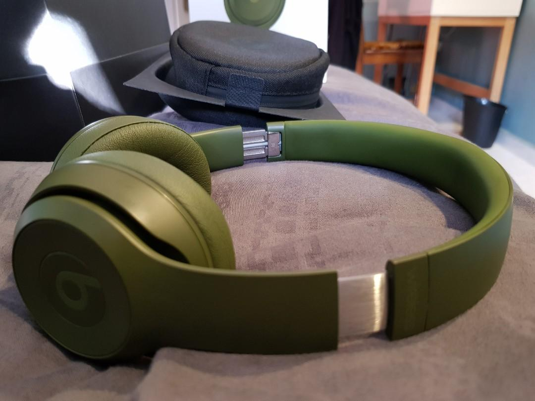 Beats Beatssolo3 wireless Neighbourhood Collection
