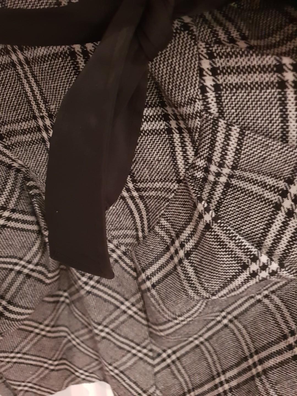 Boutique Lili gorgeous tartan checkered dress EUC size 10-12