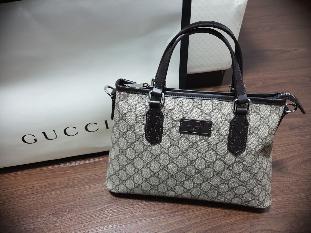 dd7493d73746 Brand New Gucci GG Supreme Tote, Women's Fashion, Bags & Wallets ...