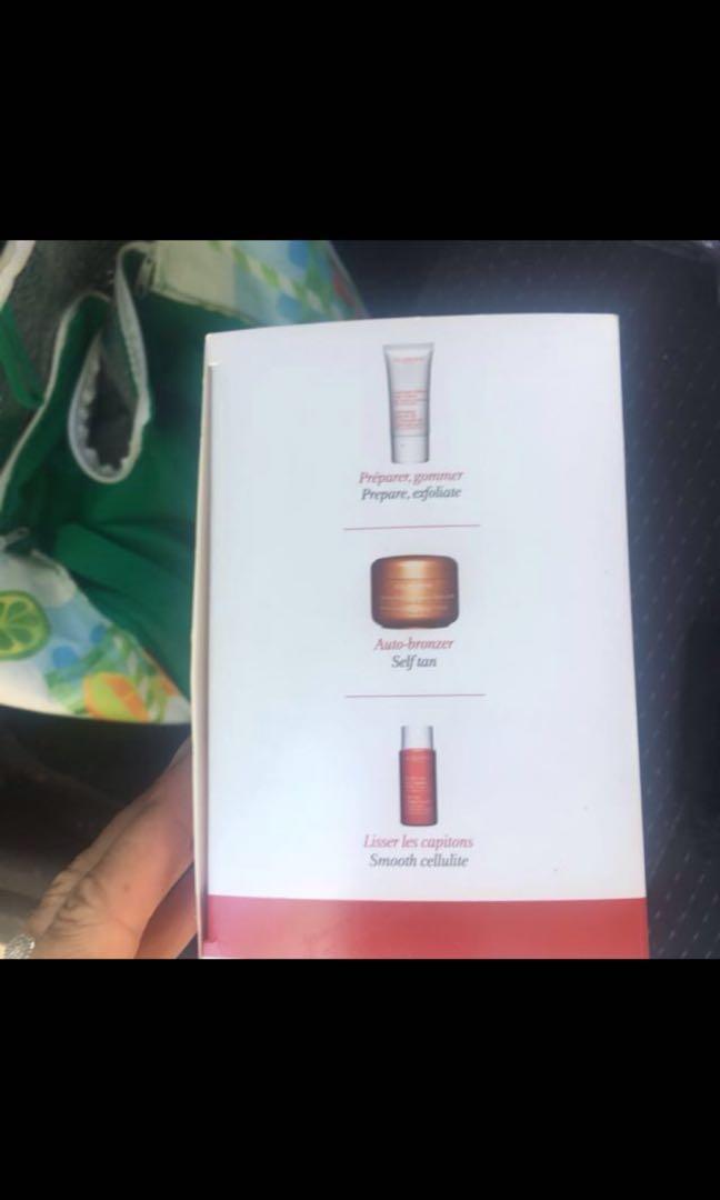 Clarins tanning gift set