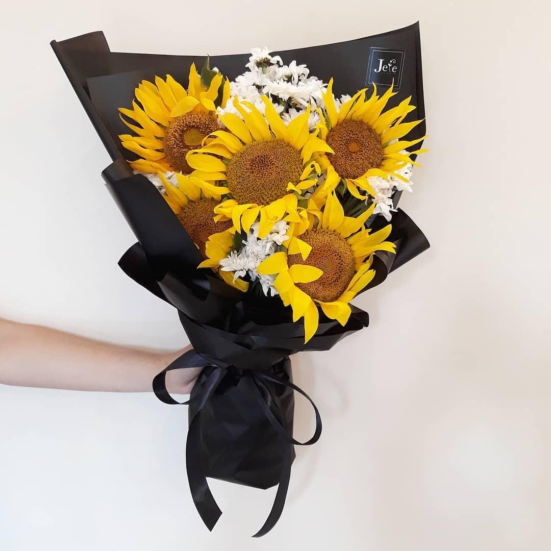Fresh Sun Flower Bouquet buket bunga matahari segar d4b8110d19