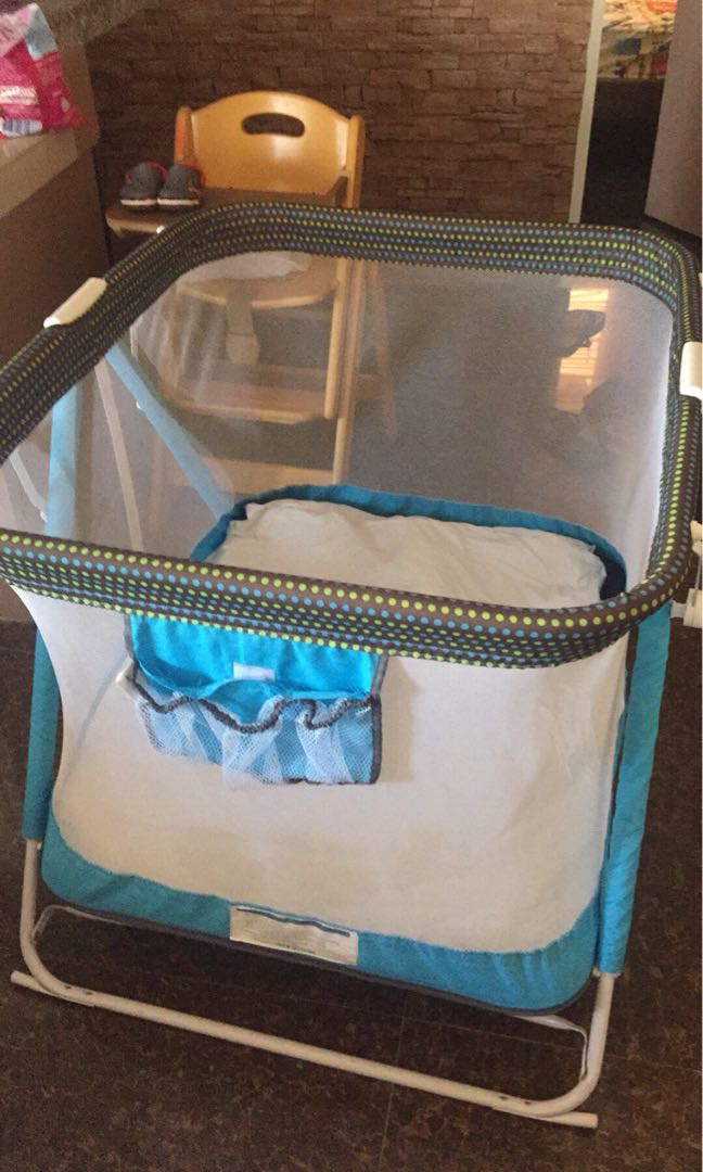 d52595229f8 guant crib with baby carrier and uratex foam