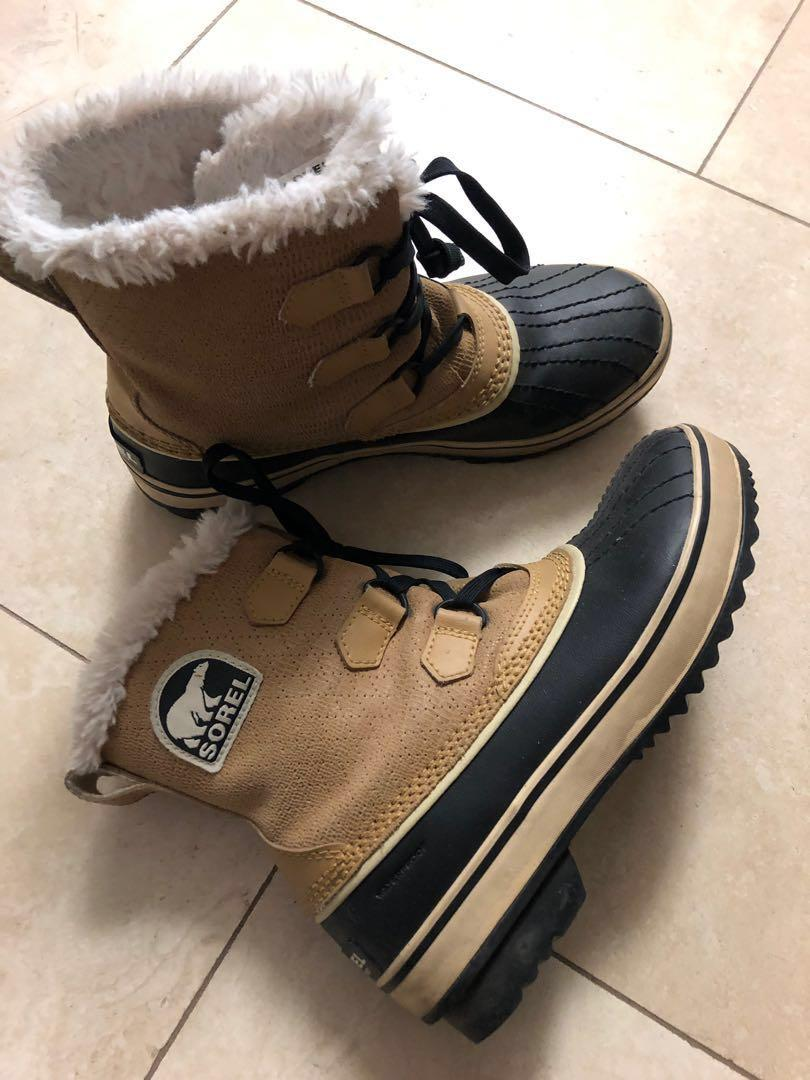 Sorel Tivoli boot size 7