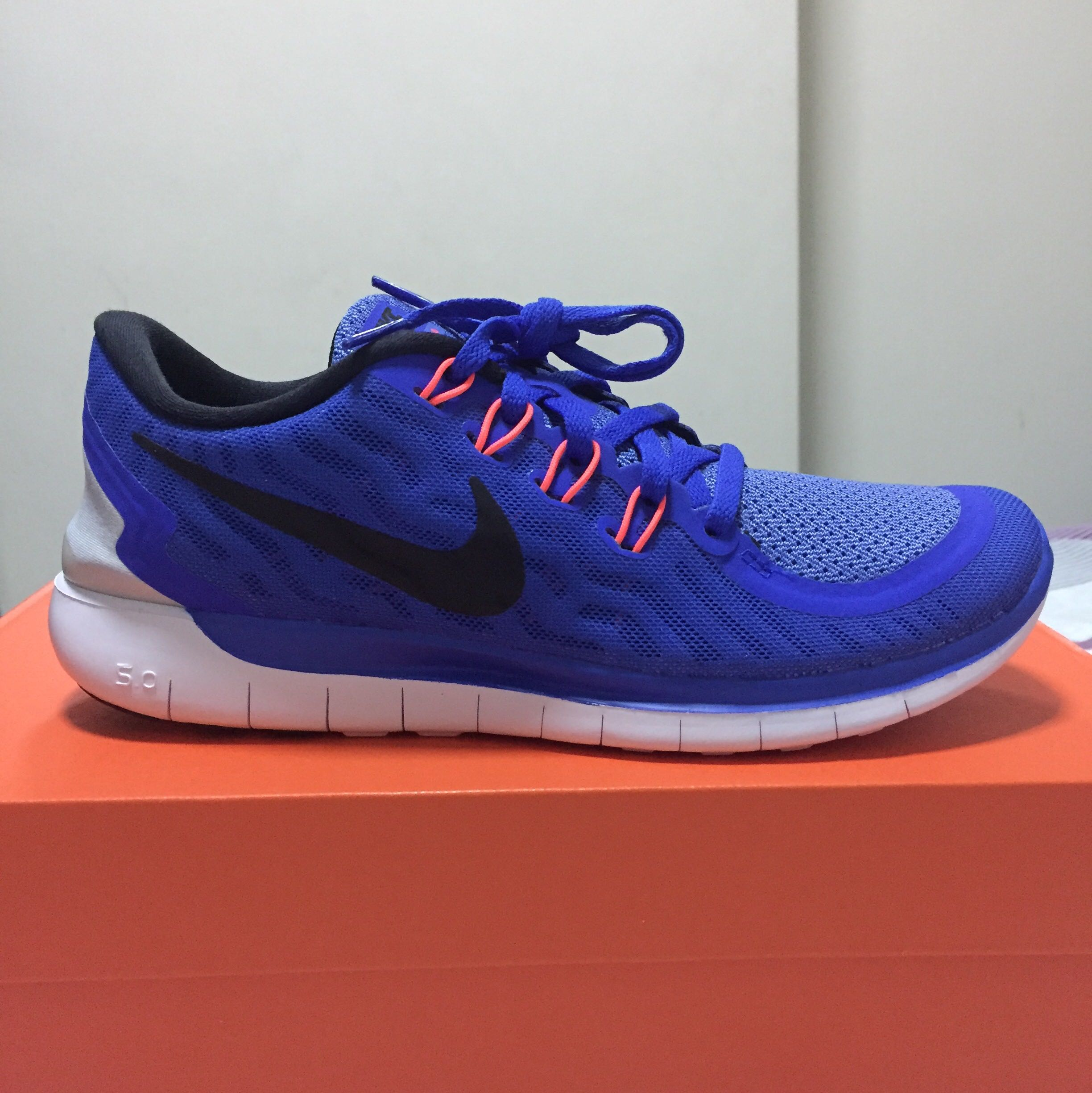 buy online bc2d2 d2f4d Nike Free 5.0, Women s Fashion, Shoes, Sneakers on Carousell