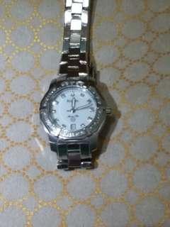 Bulova Diamond calendar watch 鑽石日曆石英手錶 for ladies
