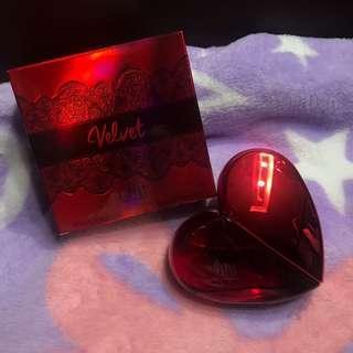 Velvet perfume heart shape
