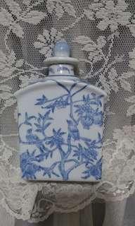 陶瓷青花鳥酒壺(6寸高)