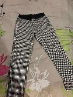 Checkered Fitted Leggings/Pants