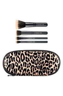 NEW M·A·C 'Perfectly Plush -Mineralize' Brush Kit