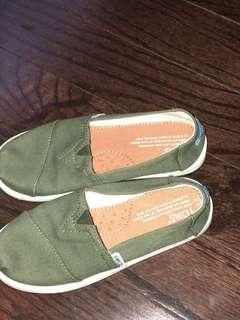 Toms***reduced***