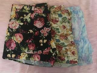 Printed Shorts with zipper
