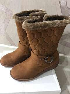 Winter boots / brown