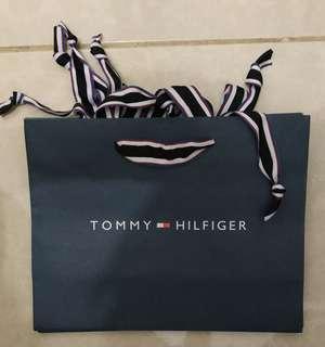 Paperbag Paper Bag Tas Karton Branded Tommy Hilfinger Small