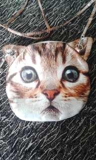 Cutest ginger tabby cat bag.