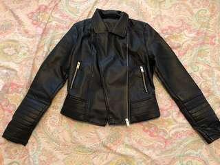 🖤Faux leather jacket