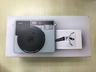 LEICA SOFORT Instant Camera 19101
