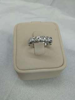 Cincin emas full berlian eropa mewah