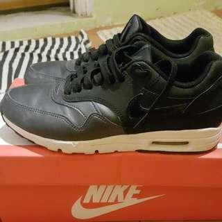 降價求售~Nike Air Max1#運費我來出#11月女裝半價