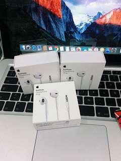 Earpods with 3.5MM Plug