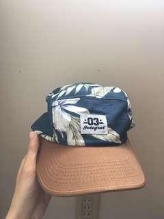 🚚 Integral 帽