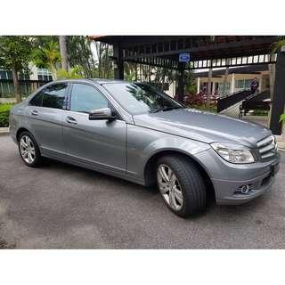 MERCEDES C200 KOMPRESSOR - CONTINENTAL HANDLING, SOLID, GRAB/RYDEX READY! FEEL SPECIAL WITH 3 POINT STAR BADGE!