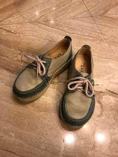🚚 九成新 休閒鞋