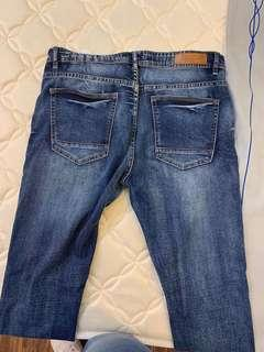boys tight-fitting jeans