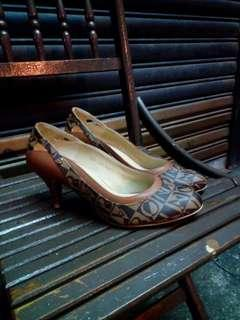 Authentic Bonia shoe all leather