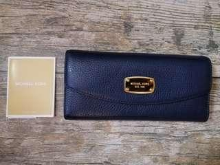 BN Authentic Michael Kors Long Wallet