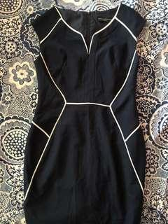 🚚 Cyber mon sale - Dorothy Perkins navy blue and white stripes dress