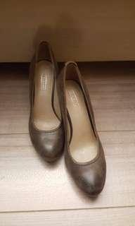 Brown leather heels shoes 37