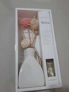2 in 1 Elegant Sweet Home Scent and Deco