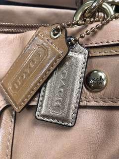 Coach 米黃啡手袋