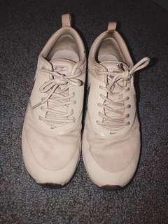 Nike Airmax Thea (Size US 7.5)