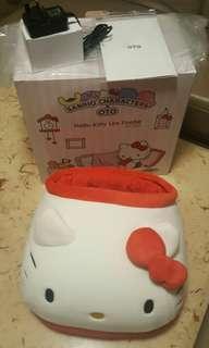 全新 Hello Kitty x OTO 輕足按摩 (連完整盒及膠袋和說明書)
