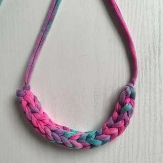 Dancing with colors yarn necklace