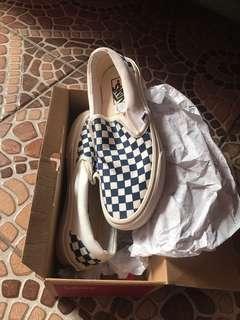 sepatu vans slip on cheakerbord clasic bw sz41 baru
