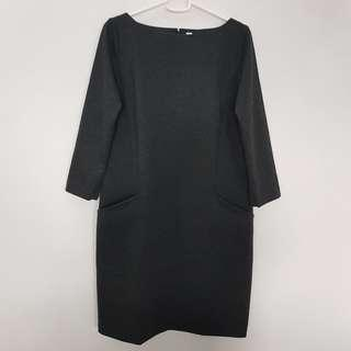 🌻FREE NM🌻 Brand New Uniqlo Dark Grey Three Quarter Sleeve Boat Neck Dress With Pockets