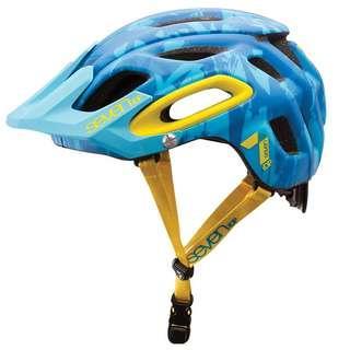 iDP Seven Cycling Helmet
