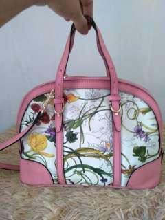 Gucci floral (alma style) bag wirh long strap